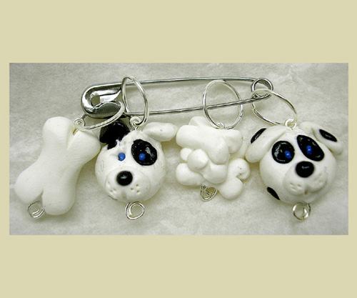 *DOGS AND BONES* stitch markers (set of 4 )
