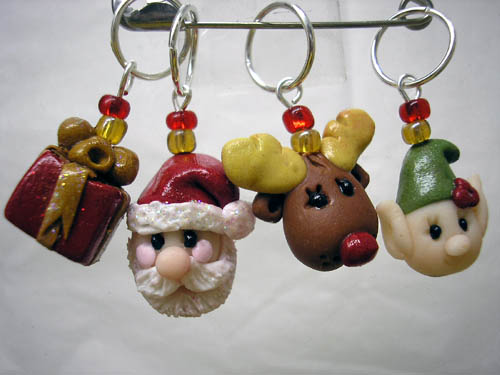 *CHRISTMAS* stitch markers (set of 4 )