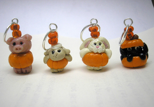*HALLOWEEN PARTY* stitch markers (set of 4 )